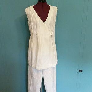 Vintage white pant suit